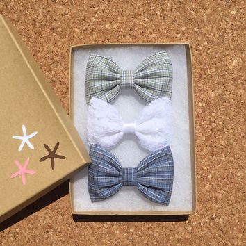 Such sweet little plaid hair bows from Seaside Sparrow Bows.  Plaid bow bow Hair bows for teens bow hair bow girl Seaside Sparrow bows girl