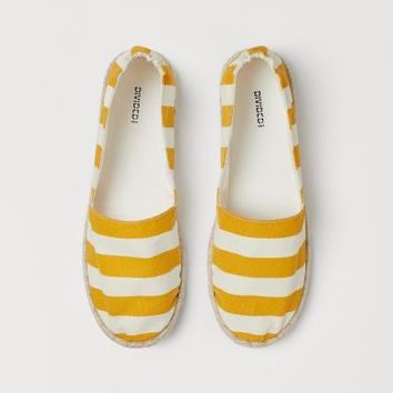Espadrilles - Yellow/white striped - | H&M US