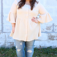 Weekend Trip Blouse in Natural {Curvy}