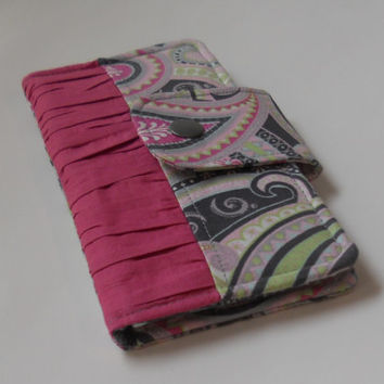 Bifold Wallet with Snap Closure / iPhone Wallet / Checkbook Holder / Zipper Pocket / 6 Card Slots / Ready to Ship