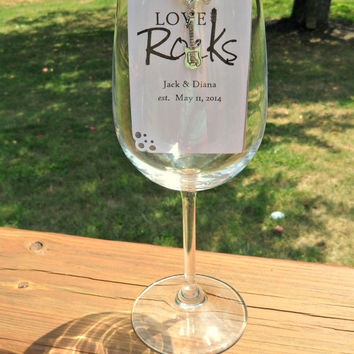 Wine Charm Favors , Wedding Wine Charm Favors , Bridal Shower Favors , Engagement Party Favors , Rehearsal Dinner, Anniversary Favors