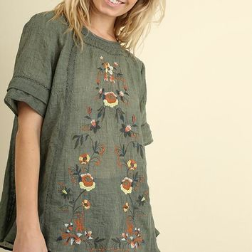 Short Sleeve Top with Floral Embroidery in Olive