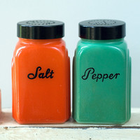 Shakers McKee Salt Pepper Vintage