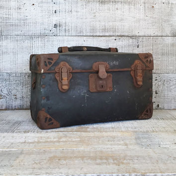 Vintage Tool Chest Antique Train Case Steampunk Valise Storage Chest Small Vanity Case Antique Toolbox Antique Storage Chest Steampunk Chest