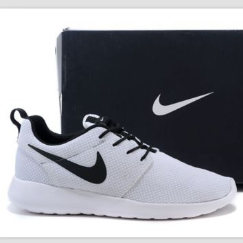 Nike roshe run couple light sports leisure net surface breathable Olympic running shoes White black hook