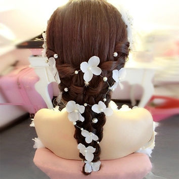 Elegant Girl Soft Pearl Short Bride Barrettes Hair Accessory Wedding Veil Bridal Veil Wedding Accessories Brides Hair Decoration (Color: White) = 1929956740