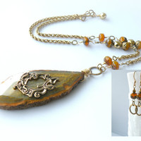Agate Calla Lily Earthtone Celosia Necklace & Earring Set - Trinity Brass Antique Gold Tamikaalceedesigns