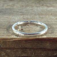 Toe Ring Silver 16g Open Hammered