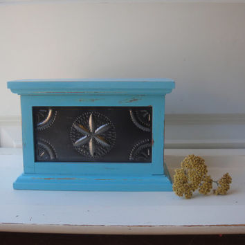 Punched Tin Turquoise Wooden Jewelry Box - Shabby - Distressed - Star Design- Bob Timberlake Heritage Home Box - Jewellry - Upcycled