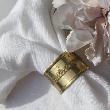 Vintage Brass Napkin Rings Oval Set of 4