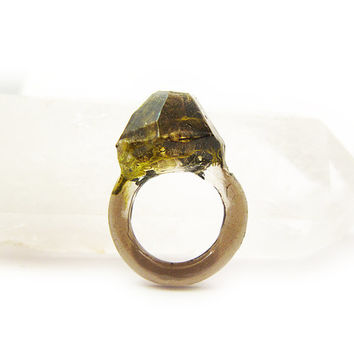 Smoke Moss Resin Ring • Size 5 • Eco Resin Nature Ring • Asymmetrical Unusual Ring • Faceted Resin Terrarium Ring • Nature Moss Resin Ring