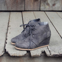 The Billie Plaid Booties in Gray