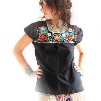 Noche Mexican embroidered vintage black  blouse colorful embroidery