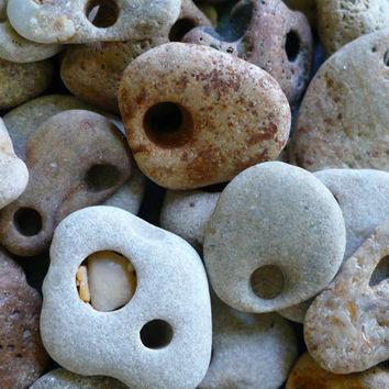 Hag stone , Witch Stone , Holey Stones, Voodoo, Hoodoo, Conjure, Protection, Fertility,  Faerie , Psychic Vision, Power, Pagan
