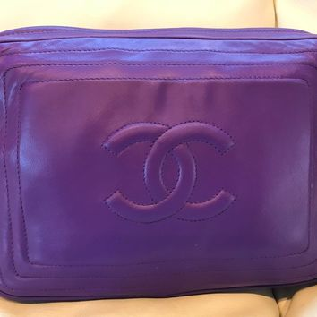 Chanel Vintage Lambskin Camera Bag Purple Excellent condition