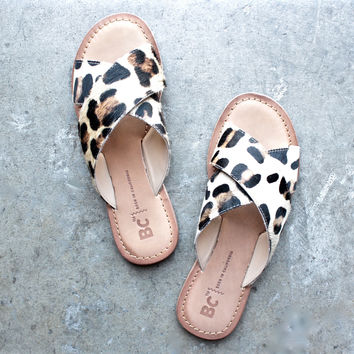 bc footwear dear sandals in leopard