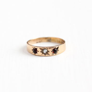 Antique 10k Rose Gold Garnet & Pearl Baby Ring - Size 2 1/4 Victorian Edwardian Star Etched Midi Knuckle Pinky Children's Fine Jewelry