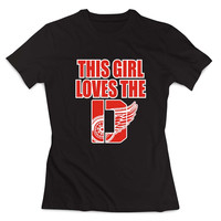 This Girl Loves The D Red Wings Clothing T shirt Women