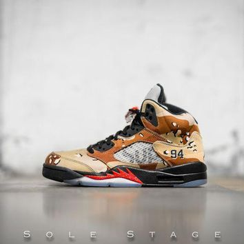 Air Jordan 5 Retro X Supreme Desert Camo - Beauty Ticks