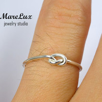 Thin Knot Silver Ring, Tiny Knot Ring, Little Tie the Knot Ring, Promise Ring, Bridesmaid Ring, Best Friend RIng, Mothers Ring