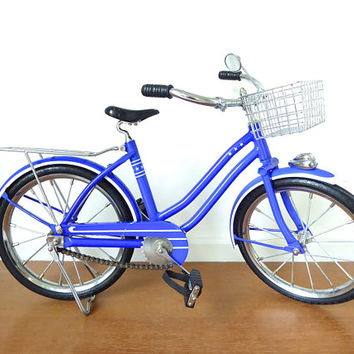 American Girl Molly McIntire royal blue bike with basket, real metal chain