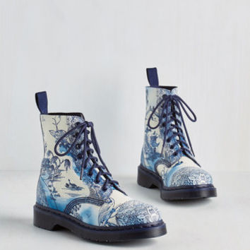 Statement March Through Manhattan Boot in Antique Delft