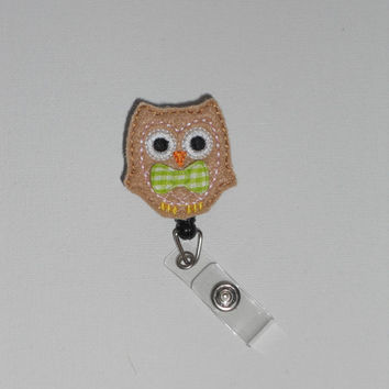Brown Owl with Pink Stitching Customizable Work/Nursing/Healthcare/ID Badge Reel! Available with Hair Bow, Bowtie, or Plain!