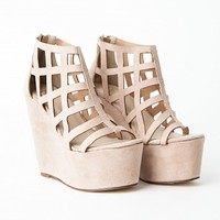 Missguided - Berenita Faux Suede Caged Wedges In Nude