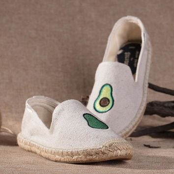 Soludos Women Platform Avocado Embroidery Slipper