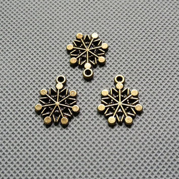3x Making Jewellery Supply Retro DIY Keyrings Jewelry Findings Charms Schmuckteile Charme 4-A1601 Snowflake