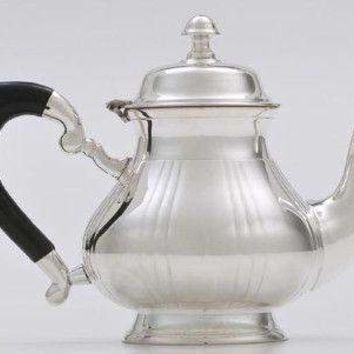 5 cup Silver Plated Top Fluted with Black Bakelite Handle Teapot