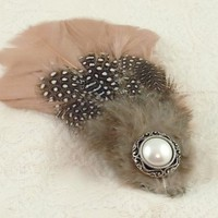 Beautiful Feather hairclip by zooeystreasures on Etsy