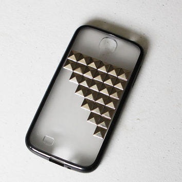 Samsung galaxy S4 i9500 phone case Durable pyramidsilver  studds black phone cover - rivet studded pyramid  phone case