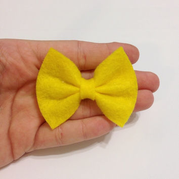 Mini Yellow Felt Hair Bow on Alligator Clip - 2.5 Inches Wide - AFFORDABOW Line - Affordable and High Quality Hair Bows