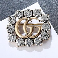 Gucci Stylish Women Delicate GG Letter Crystal Diamonds Brooch Accessories Jewelry