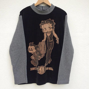 Vintage Betty Boop Sweater / Mickey Mouse Sweatshirt / Spellout/ Pull Over/