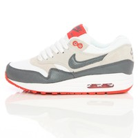 Nike Wmns Air Max 1 Essential Valentines Pack White/Cool Grey 599820-106 | Free UK Shipping and Returns
