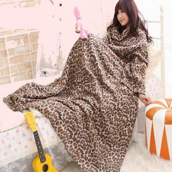 Warm Snuggie Fleece throw blanket with Sleeve for Sofa/Bed/Plane Travel Plaids TV casual Relax for family holiday Winter Plush