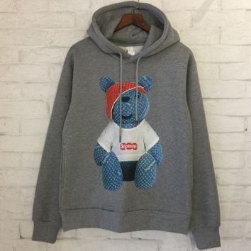 Supreme x LV Louis Vuitton Winter New Products plus velvet sweater men and women with hooded jacket Gray