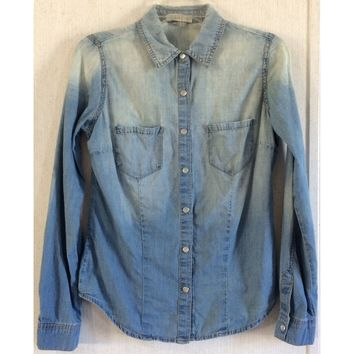 Love Fire Distressed Chambray Shirt Pearl Snap Fade Western Blue Blouse Top M