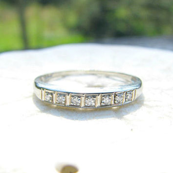Art Deco Diamond Wedding Band, Fiery Diamonds in Classic Style, 14K White Gold, Circa 1930s to 1940s