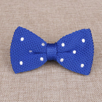 Apostyles: Knitted Bow-ties