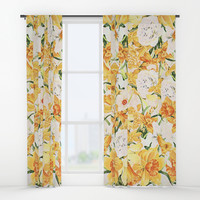 Wordsworth  and daffodils. Window Curtains by anipani