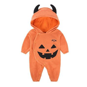 Baby Clothes 2018 New Winter Hooded Baby Rompers Thick Cotton Outfit Newborn Jumpsuit Pumpkin Wing Christmas Halloween Rompers