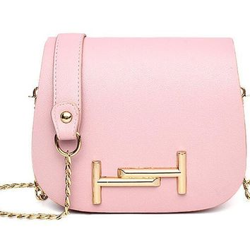 Women's shoulder bag Girl inclined shoulder bag 2017 small bread bags new fashion chain