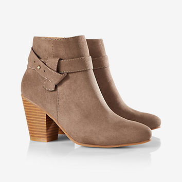 side lasso heeled bootie