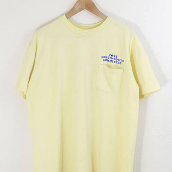 1991 FORD F100 TSHIRT // ford tshirt / ford shirt / ford pocket tee / ford truck / pale yellow pocket tshirt / 90s vintage / adult / large