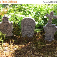 4th SALE Miniature Grave Stones, Head Stones, Tombstones, Fairy Garden Accessory, Halloween Fall Decor, Set of 3 Pieces