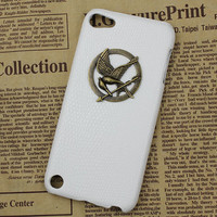 hunger games mockingjay And White Hard Case Cover  for Apple Ipod Touch 5, iPod Touch 5th,iTouch 5,iPod Touch 5