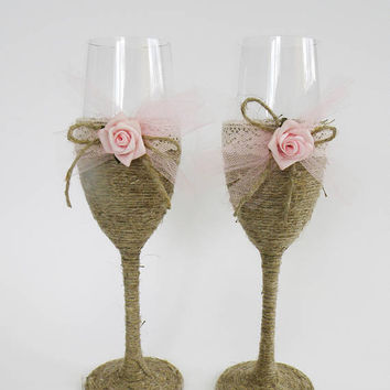 Rustic Wedding Glasses Toasting Glasses Rustic Toasting Flutes Wedding Champagne Flutes Bride and Groom Wedding Glasses with rose.